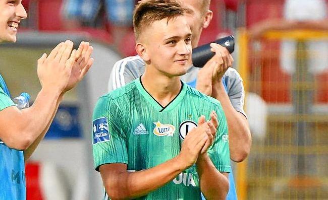 Chi è Karbownik, il nuovo Ghoulam che piace al Napoli |  Sport e Vai
