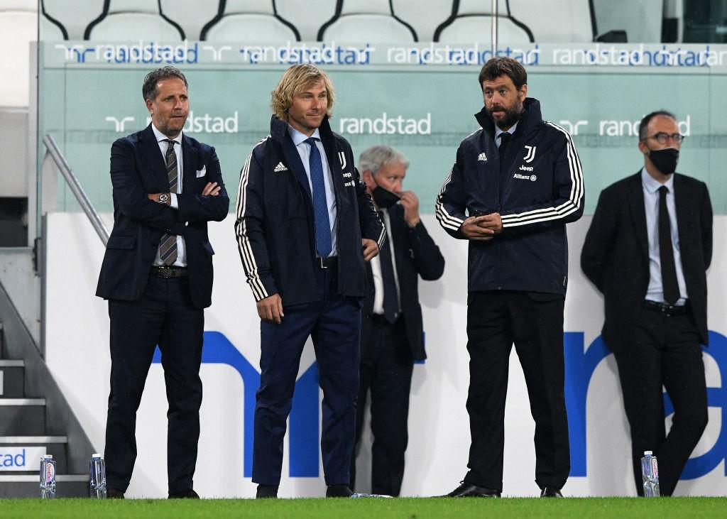 Agnelli a casa Milan scatena ironia dei social |  Sport e Vai