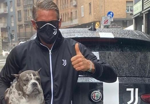 Lapo chiama Juve il suo cane, social scatenati |  Sport e Vai