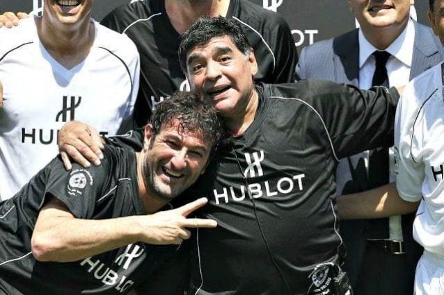 Ferrara fa auguri a Maradona, tifosi commossi |  Sport e Vai