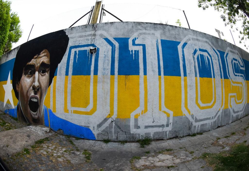 Diego Armando Maradona, il mondo del calcio in lutto |  Sport e Vai