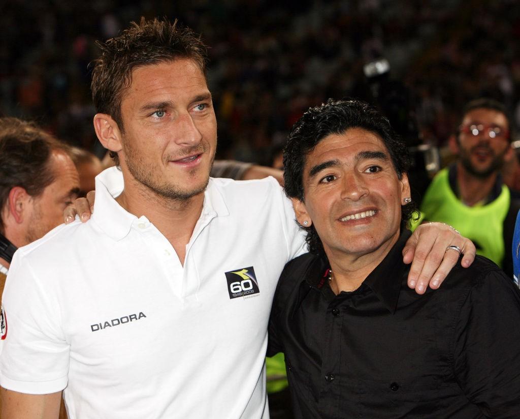 Totti: Da Maradona il miglior complimento che potessi ricevere |  Sport e Vai