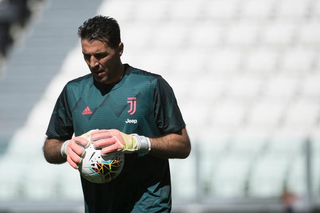 Juve, Buffon non convocato: le condizioni del portiere bianconero |  Sport e Vai