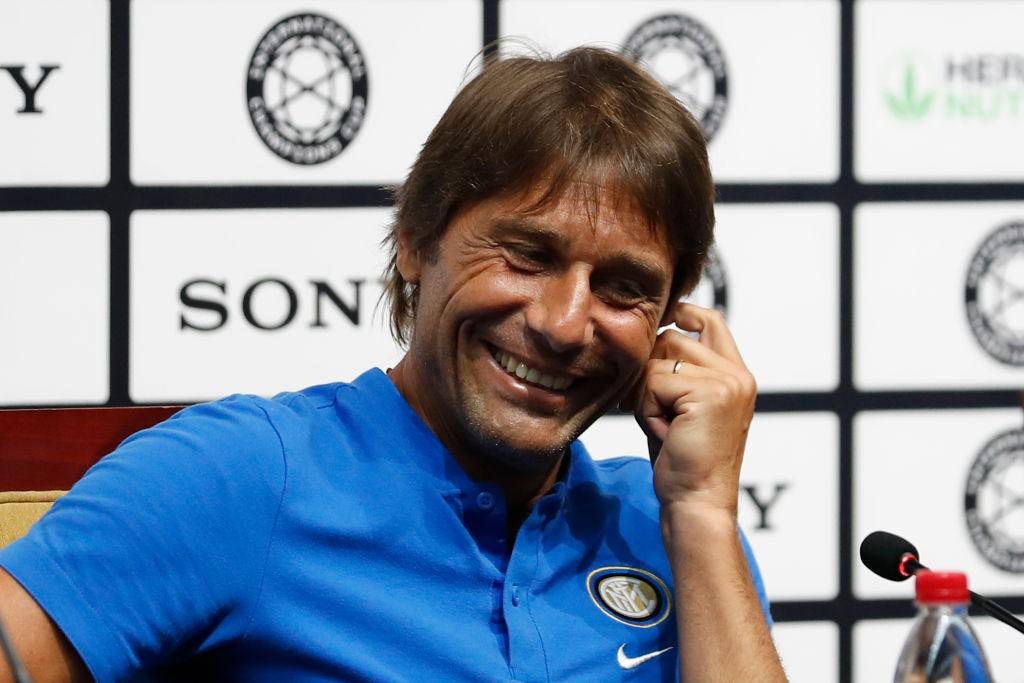 Conte trova un motivo per sorridere |  Sport e Vai