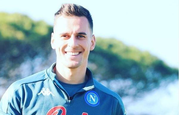 Frasi su Napoli, Milik ritratta: Ecco di chi è la colpa |  Sport e Vai