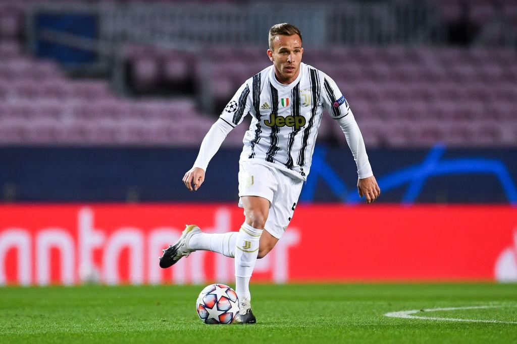 Juve, la scelta su Arthur fa infuriare i tifosi |  Sport e Vai