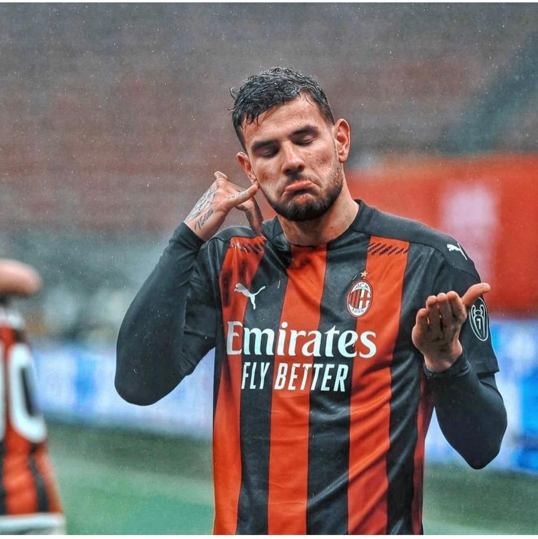 Maldini:noi un anno avanti, Theo si stava perdendo |  Sport e Vai