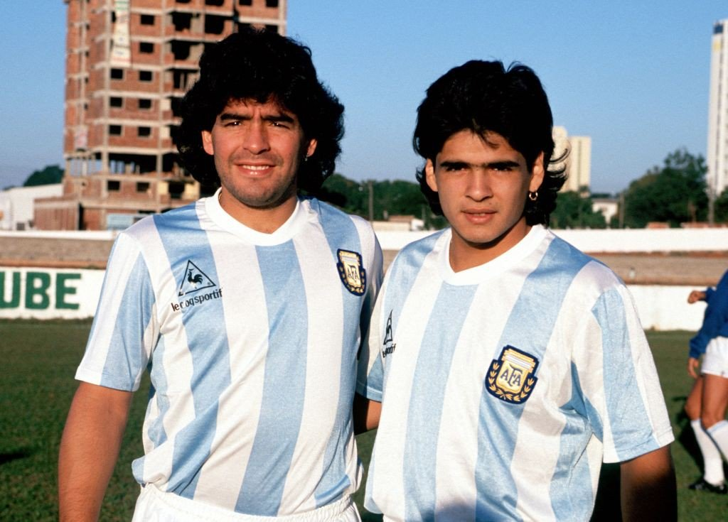 Hugo Maradona in lacrime ricorda ultima telefonata con Diego |  Sport e Vai