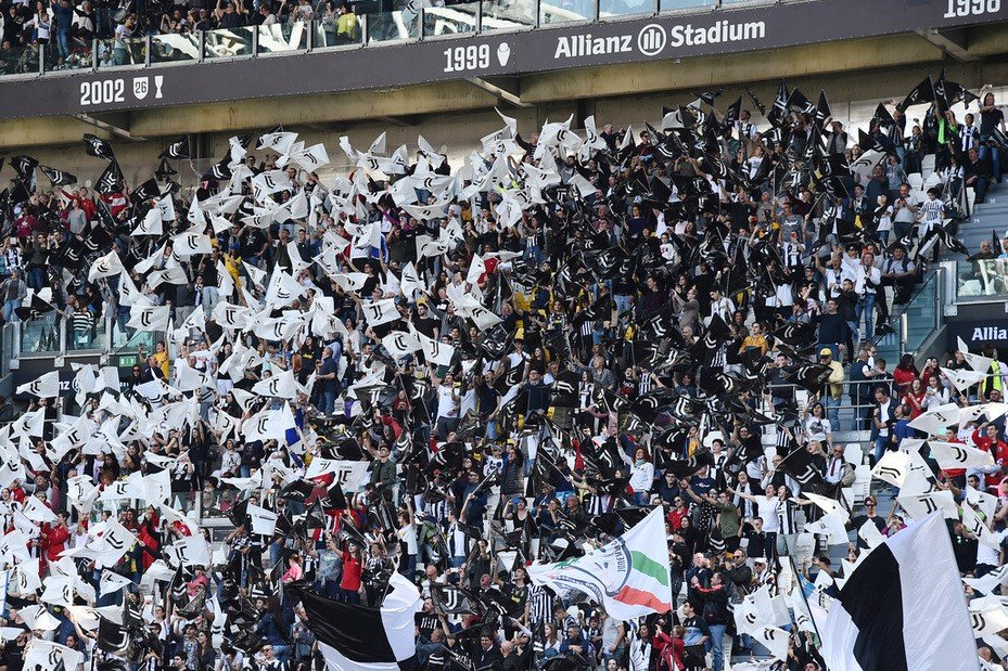 Tifosi Juve scatenati: Nel mirino tre su tutti |  Sport e Vai