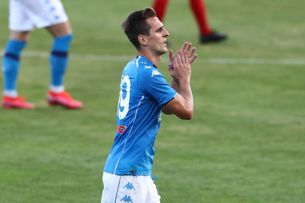 Napoli, le ultimissime su Milik fanno sognare i tifosi  |  Sport e Vai