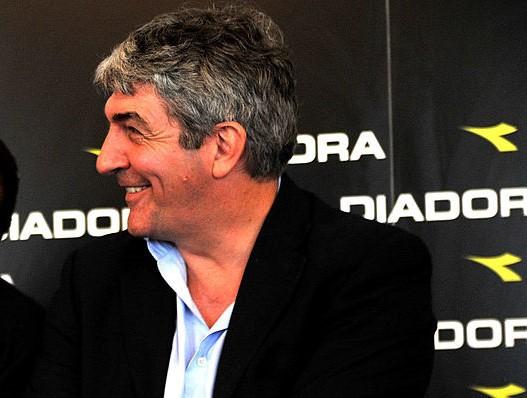 Addio Paolo Rossi, ecco perché è morto    Sport e Vai