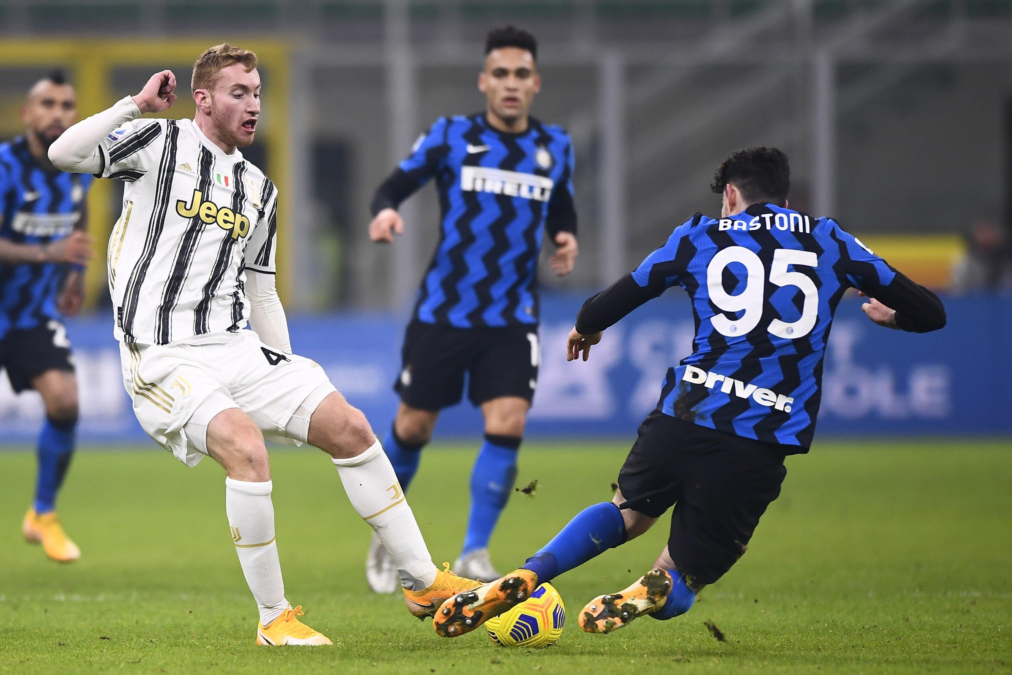 Inter-Juve, i tifosi bianconeri si godono la rivincita: quanti sfottò |  Sport e Vai
