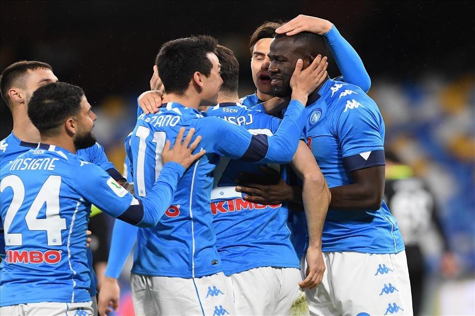 Napoli: Torneranno tutti per la sfida più attesa |  Sport e Vai