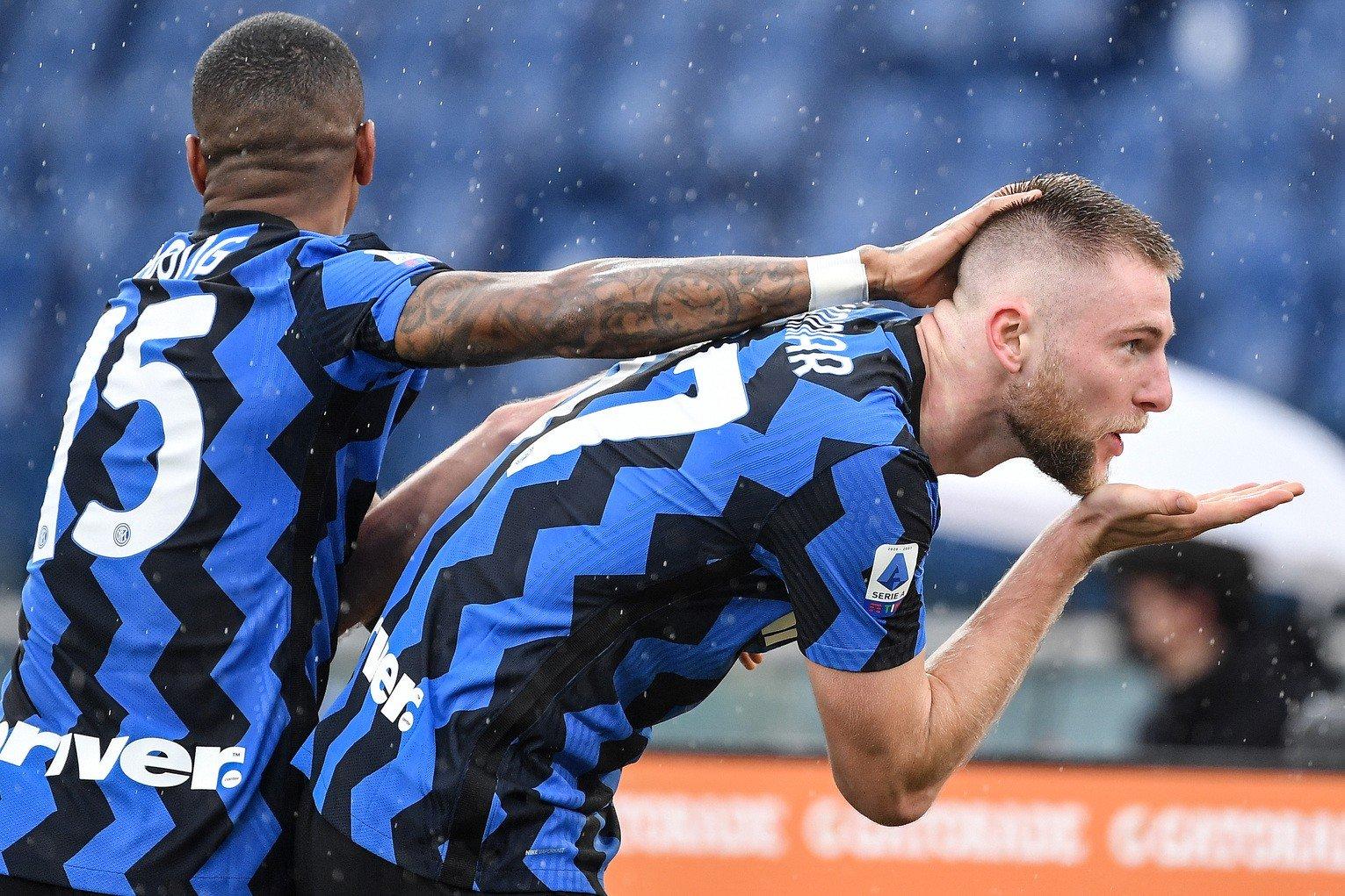 Skriniar spiega esultanza al bacio e dedica dopo il gol    Sport e Vai