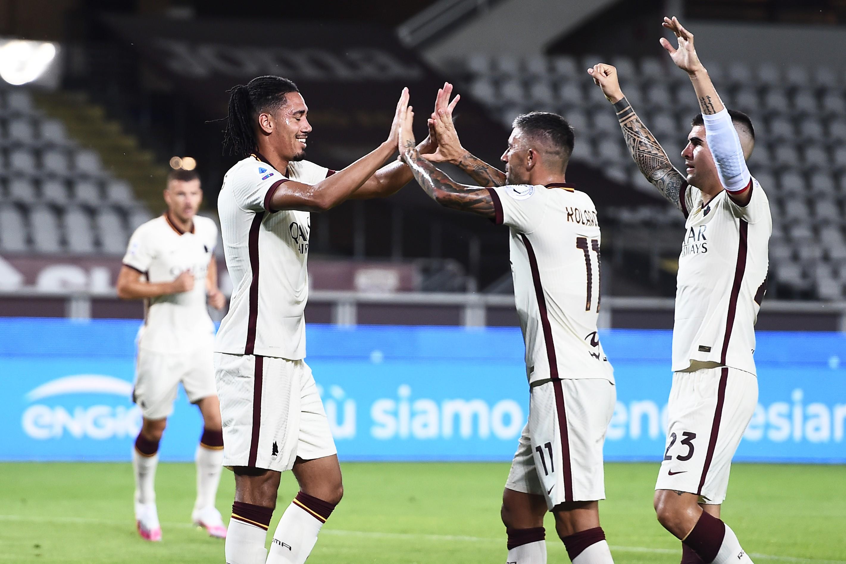 Roma, l'ammissione di Smalling fa infuriare i tifosi |  Sport e Vai