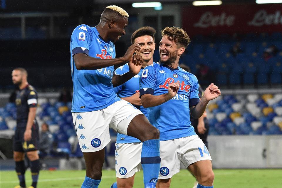 Come stanno Mertens e Osimhen? Il Napoli li aspetta |  Sport e Vai