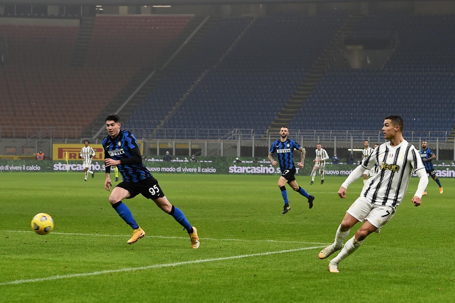 Il Napolista: Cr7 gioca solo contro 21, polemica sul web |  Sport e Vai