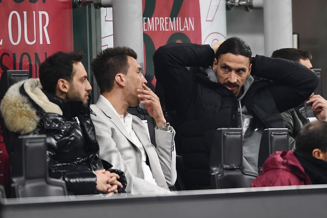 Milan, a chi va lo stipendio di Mandzukic |  Sport e Vai