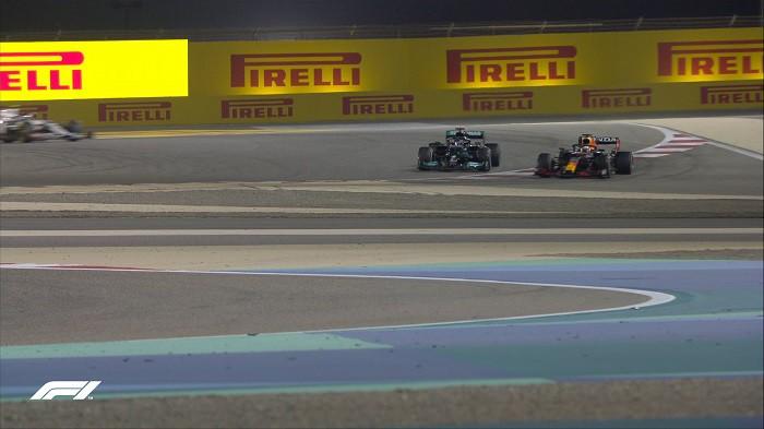 Riecco la Formula 1: pasticcio Red Bull e crisi Ferrari, social in tilt |  Sport e Vai
