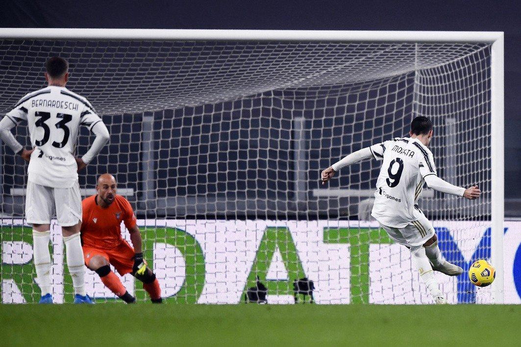 Juventus: Bufera social per il mani di Hoedt |  Sport e Vai