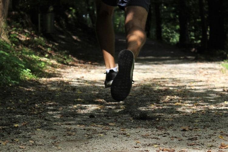 Plogging: lo sport svedese che aiuta a proteggere l'ambiente |  Sport e Vai