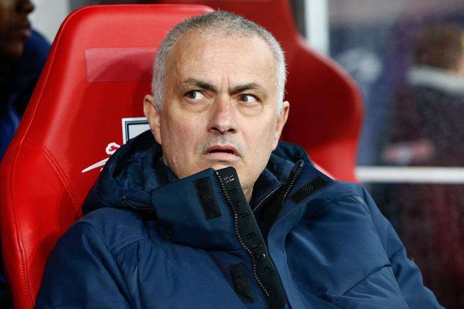 Trani fa a pezzi la prima Roma di Mourinho |  Sport e Vai