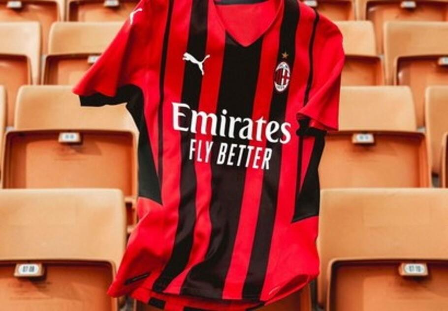 Il Milan presenta la nuova maglia Puma |  Sport e Vai