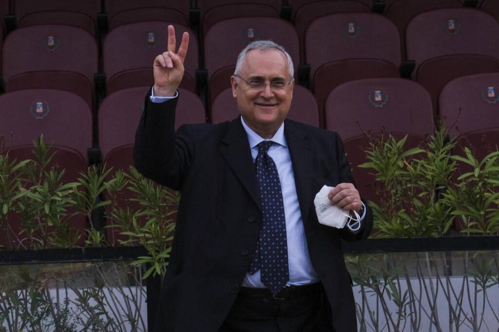 Lazio, Lotito ai tifosi: sostenetelo. E lui: mi sento a casa |  Sport e Vai