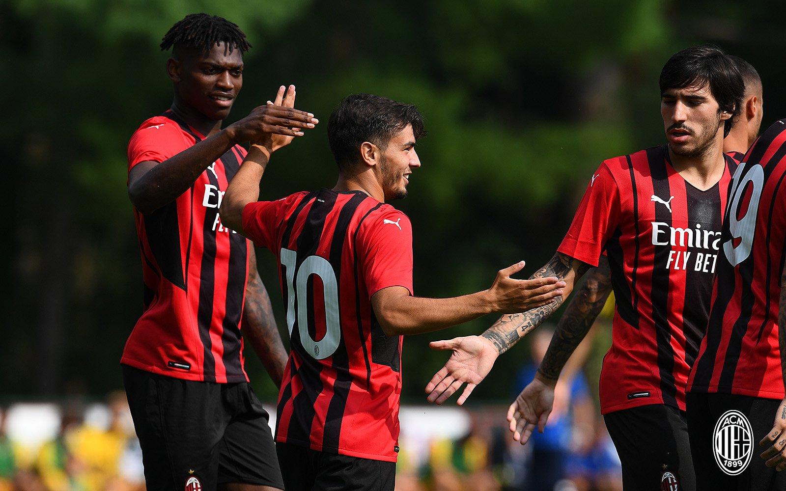 Milan-Modena 5-0: i promossi e i bocciati dai tifosi |  Sport e Vai