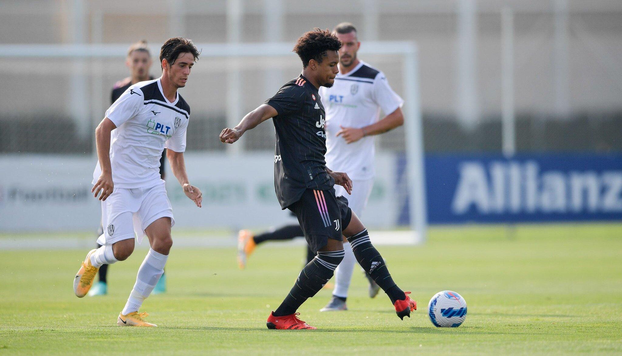 Tanti assenti, ma la Juventus di Allegri parte bene: 3-1 al Cesena |  Sport e Vai