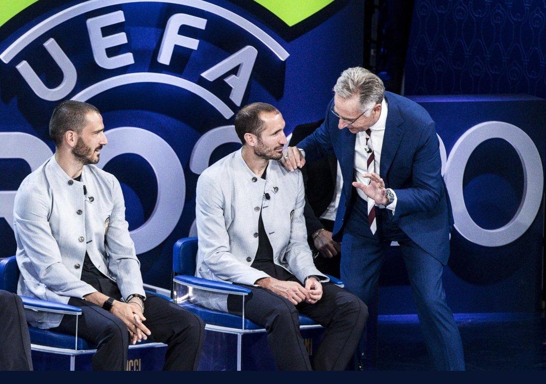 I tifosi presentano il conto a Bonolis: Non dici niente ora? |  Sport e Vai