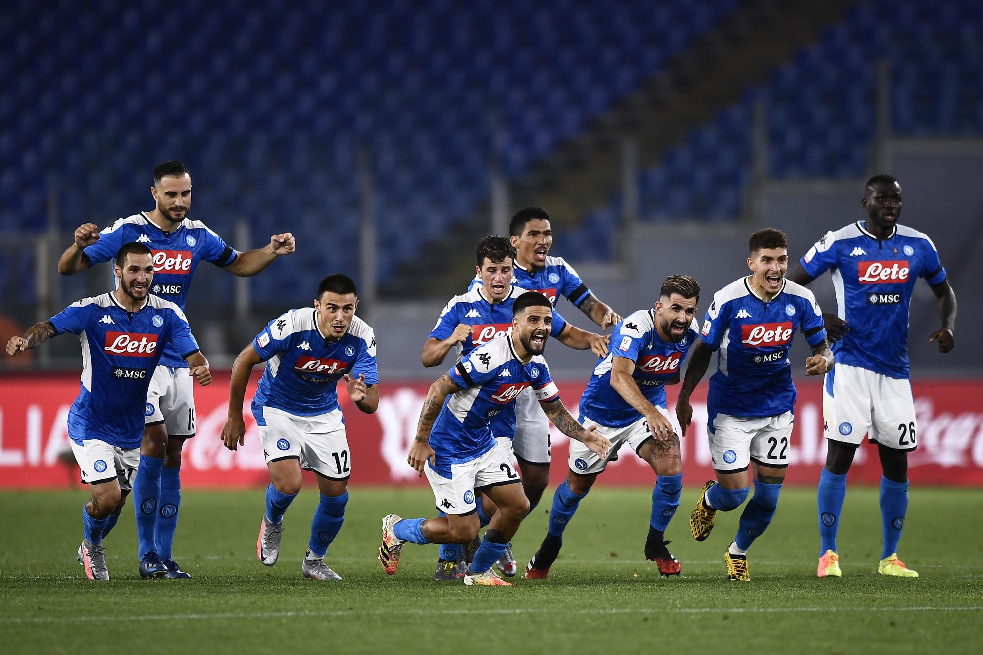 Napoli: Paga uno per tutti per l'ammutinamento del 2019 |  Sport e Vai