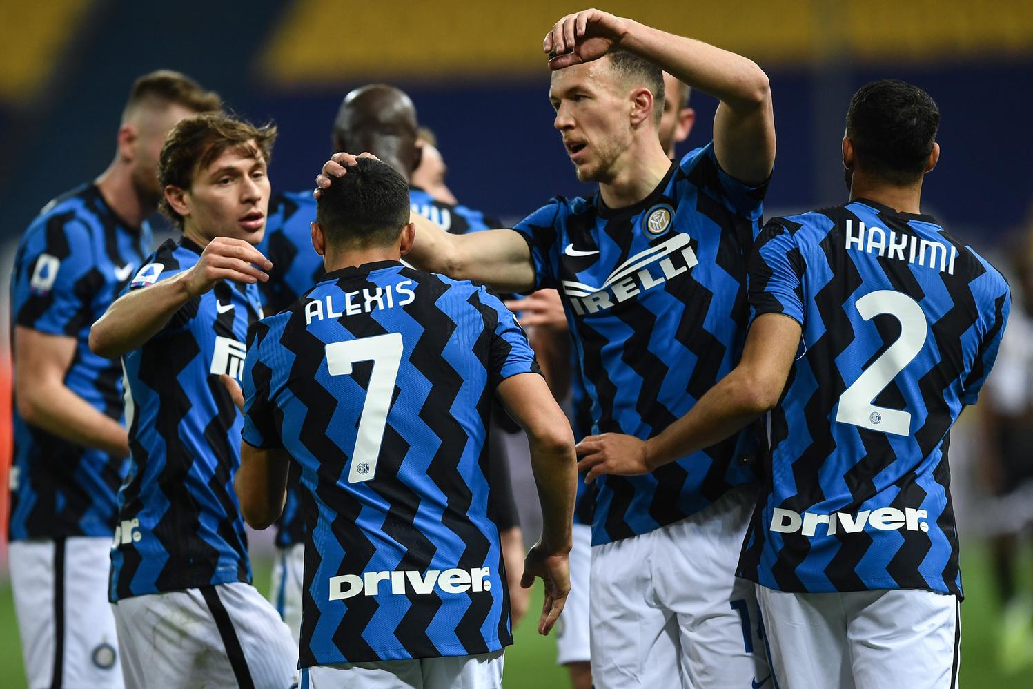 L'Inter si prepara a un nuovo addio, i tifosi: Basta smobilitare |  Sport e Vai
