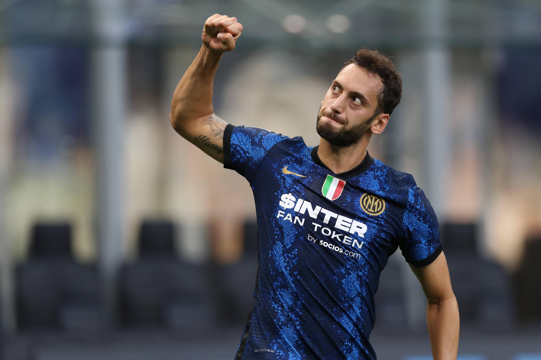Tra Inter e Milan si rischia nuovo caso Calhanoglu |  Sport e Vai