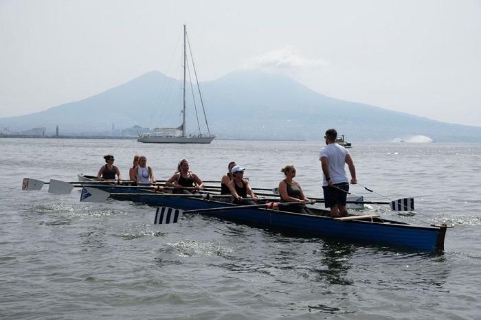 Le donne di Nautilus fanno la storia: prima volta al Trofeo del Mare |  Sport e Vai