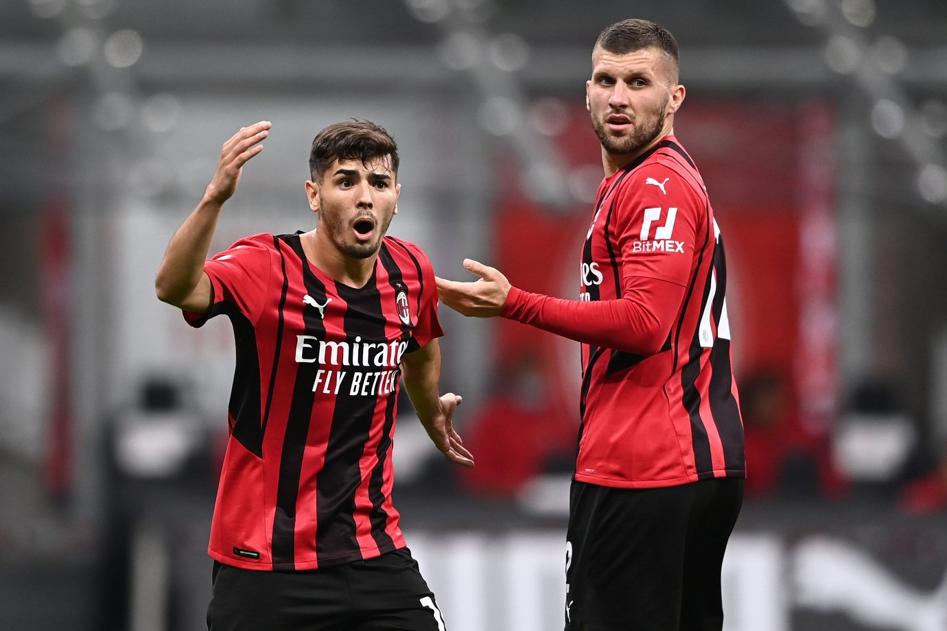 Tifosi Milan: Ci resta un solo rimedio dopo Covid Diaz    Sport e Vai