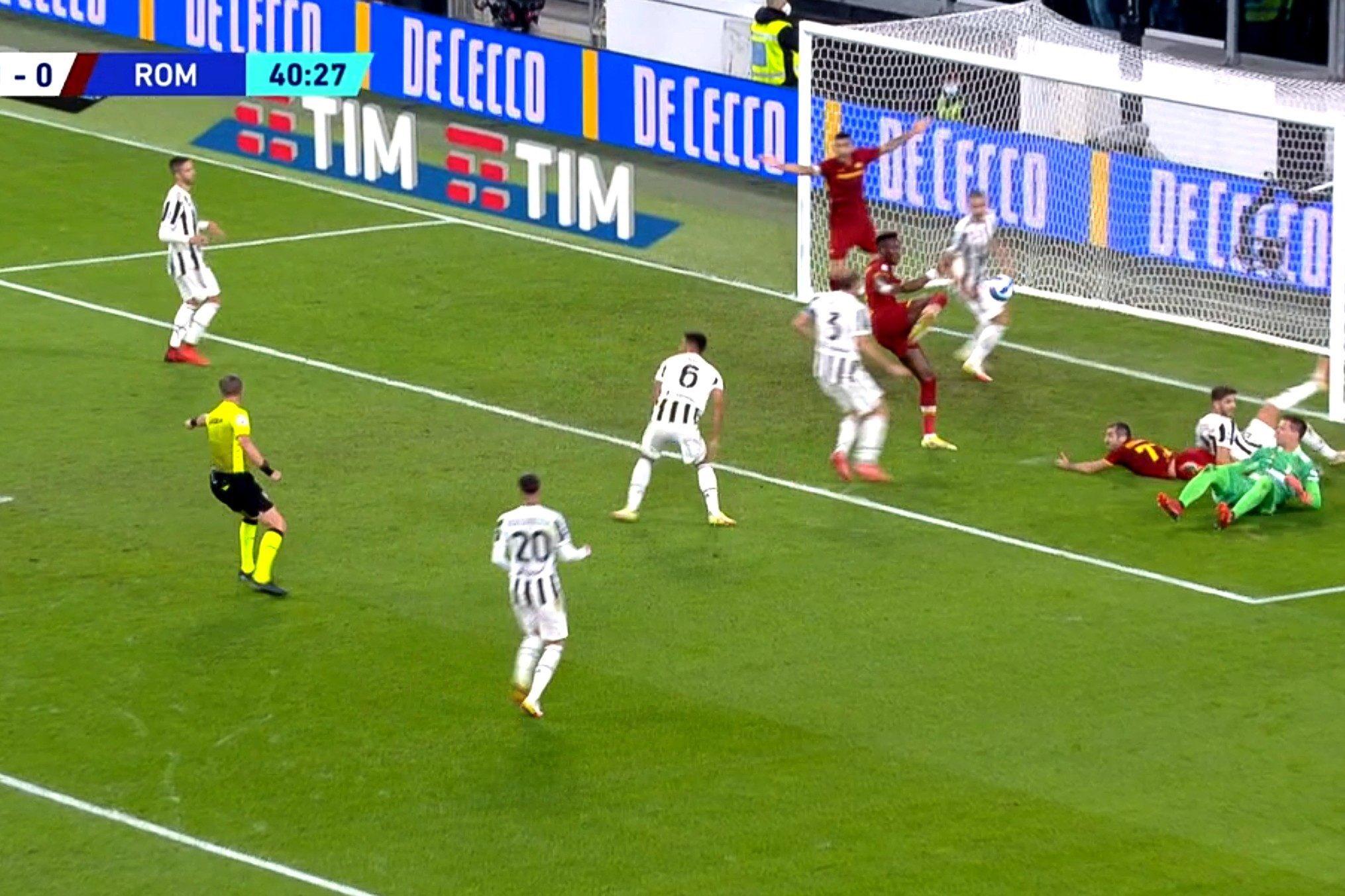 Juve-Roma, la spiegazione di Orsato a Cristante manda in delirio il web |  Sport e Vai